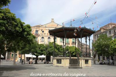Coreto da Praça da Catedral de Segovia