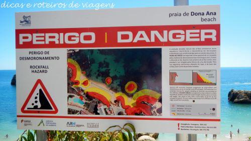 Placa de Perigo de Desmoronamento