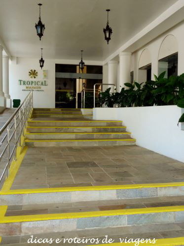 Hotel Tropical 02