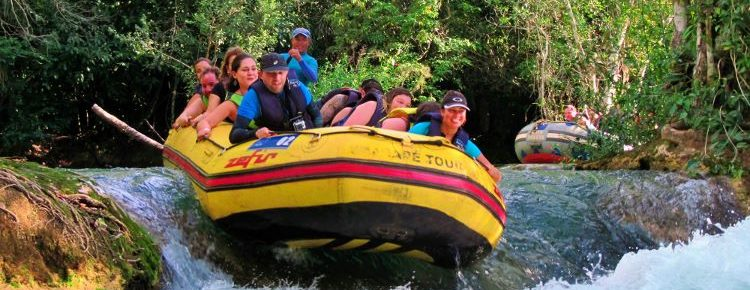 Passeio de bote Eco Park Porto da Ilha