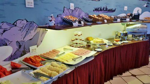 Café da manhã do Bristol La Residence